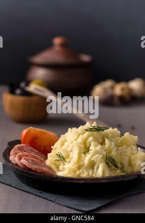 Kartoffelpüree auf Platte - Stockfoto