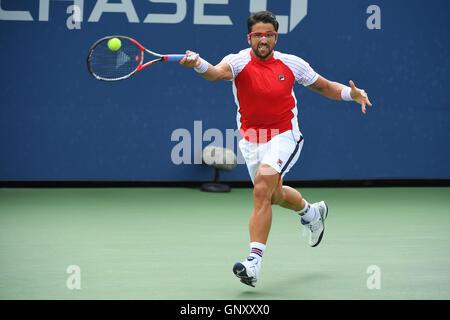 Flushing Meadows, New York, USA. 01. Sep, 2016. US Open Tennis Championships. Janko Tipsarevic (SRB) Credit: Aktion - Stockfoto