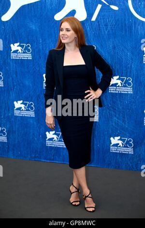 """Venedig, Italien. 2. Sep, 2016. Schauspielerin Amy Adams nimmt an einem Fototermin für den Film """"nachtaktive Tiere"""" - Stockfoto"""