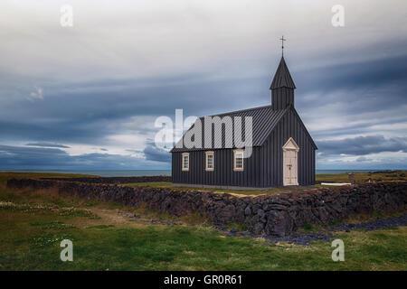 Budir, schwarze Kirche, Snaefellsnes, Island - Stockfoto
