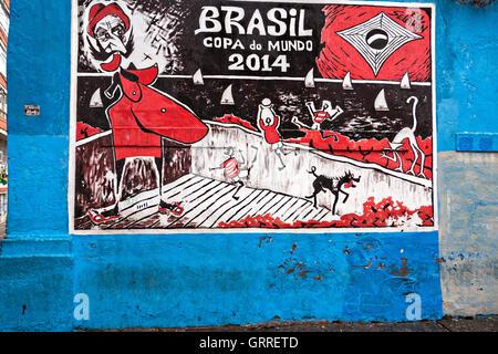 Graffiti-Kunst an der Wand im Stadtteil Lapa in Rio De Janeiro, Brasilien. Seit 2009 ist Streetart in Brasilien - Stockfoto