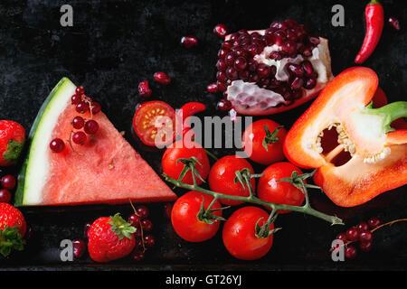 Rote Früchte und Gemüse - Stockfoto
