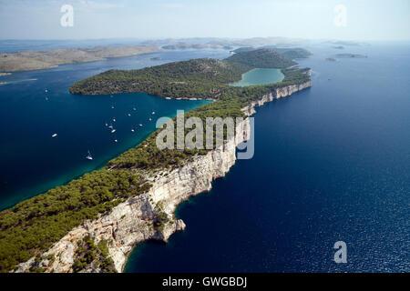 Luftaufnahme der Naturpark Telascica und Slano See in Kroatien - Stockfoto