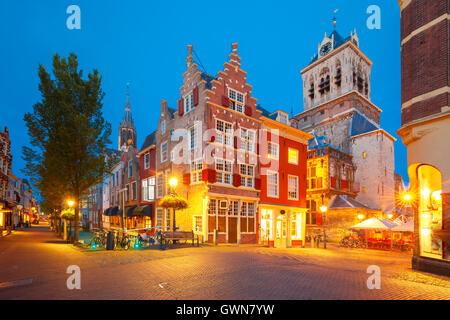 Kanal und Nieuwe Kerk Kirche, Delft, Niederlande - Stockfoto
