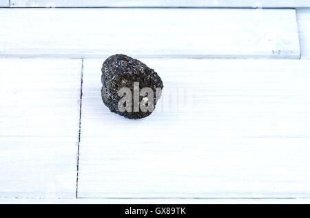 vulkangestein auf wei em hintergrund stockfoto bild 168615421 alamy. Black Bedroom Furniture Sets. Home Design Ideas