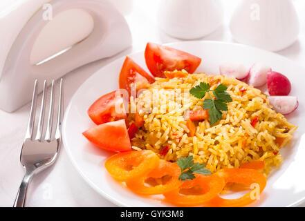 Reis mit Gemüse - Stockfoto