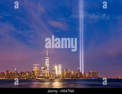 Tribute in Light New York Skyline New York City Skyline One WTC Freedom Tower Manhattan Skyline - Stockfoto