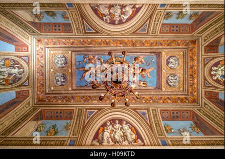 Eingang der Villa Farnesina in Rom - Stockfoto