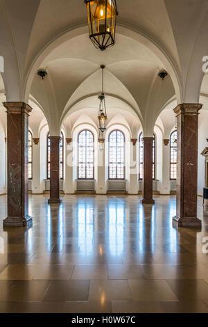 Augsburg, Deutschland - 8. September 2016: Geräumigen Innenraum des historischen Rathauses, Augsburg, Bayern, Deutschland - Stockfoto