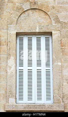 Weißen Fensterläden - Stockfoto