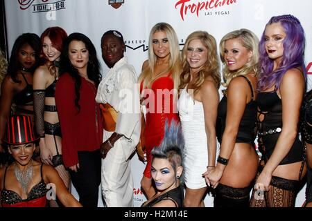 Las Vegas, NV, USA. 29. Sep, 2016. bei der Ankunft für CHERRY BOOM BOOM Grand Opening, Tropicana Las Vegas, Las - Stockfoto