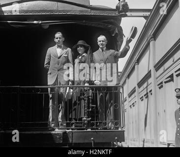John Coolidge, First Lady Grace Coolidge und US-Präsident Calvin Coolidge in Zug nach Vermont, USA, National Photo - Stockfoto