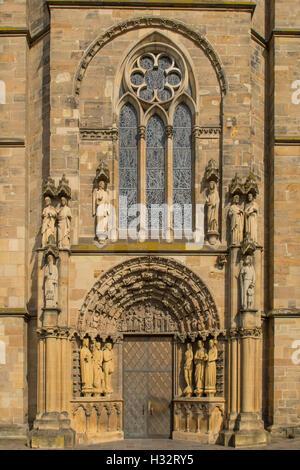 Tor zur Frauenkirche, Trier, Rheinland Pfalz, Deutschland - Stockfoto