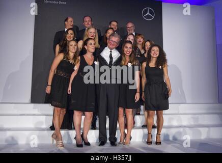 Cannes, Frankreich. 3. Oktober 2016. Cannes, Frankreich - 3. Oktober 2016: Remy Deslandes, CEO der INCC Group Monaco - Stockfoto