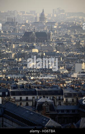 Die Ansicht der Stadt von Paris von der Basilika Sacre Coeur auf dem Montmartre. Paris. Frankreich - Stockfoto
