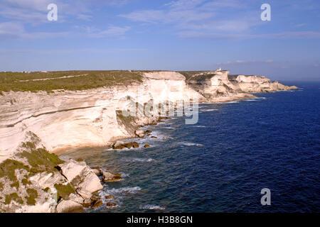 Der Kalkstein Felsen, Bonifacio, Südküste der Insel Korsika, Frankreich - Stockfoto