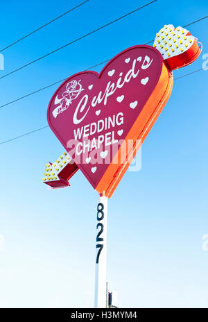 Amoretten Wedding Chapel, Downtown Las Vegas, an Ecke Las Vegas Blvd und Hoover Ave - Stockfoto