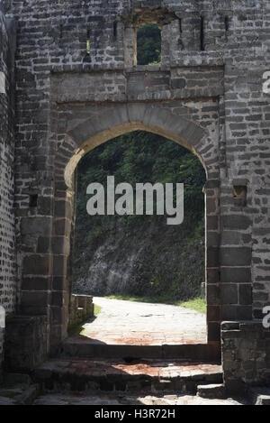 Die historische Architektur Kangra Fort ist befindet sich 20 Kilometer von der Stadt Dharamsala am Stadtrand von Kangra, Indien.