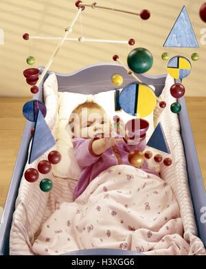 Kinderbett, Baby, Mobile, innen, Bett, Kind Wiege, Wiege, Kind, Lüge, mobile Kind, Spielzeug, Spielzeug, Aktivität, - Stockfoto