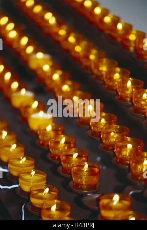 Kirche, Opfer Kerzen, brennen, Kerzen, Lichter, brennen, Kerze-Serie, Flammen, Licht Meer, Kerzen, Wachskerzen, - Stockfoto