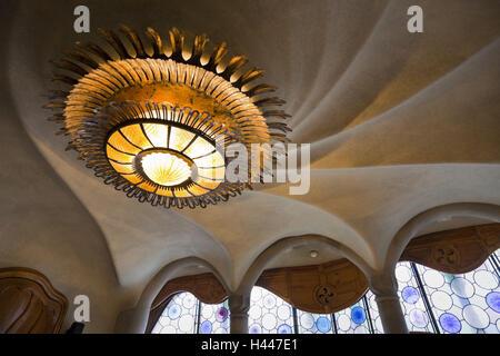 barcelona das casa battlo stockfoto bild 36773304 alamy. Black Bedroom Furniture Sets. Home Design Ideas