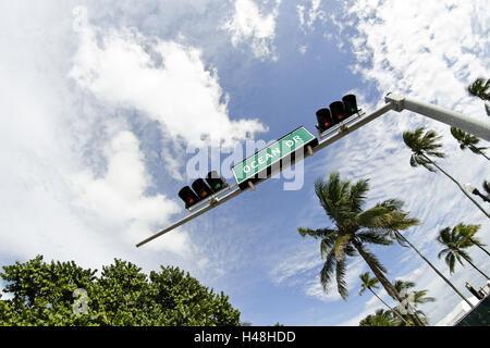 "Verkehrszeichen ""DR. OCEAN"", Ampel, Lummus Park, Ocean Drive, South Miami Beach Art Deco District, Florida, USA, - Stockfoto"