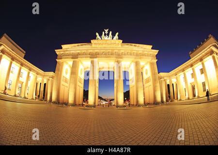 Deutschland, Berlin, Brandenburger Tor, Pariser Platz (Paris Platz), - Stockfoto