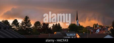 Deutschland, Bayern, Augsburg Grafschaft, Schabmünchen, Stadt, Ansicht, weite, Panorama, Licht, Stimmung, am Abend, - Stockfoto
