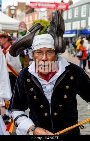 Ein Morris Tänzer aus Sompting Dorf Morris führt bei Lewes Folk Festival 2016, Lewes, Sussex, UK - Stockfoto