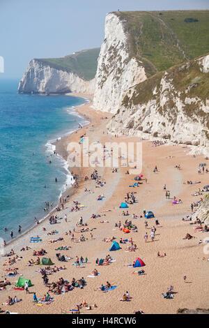 Durdle Door-Strand in der Nähe von Lulworth in Dorset England Vereinigtes Königreich UK - Stockfoto