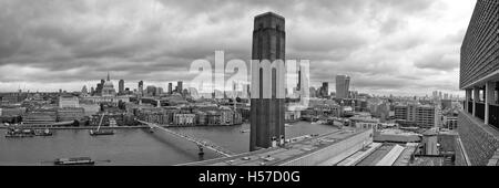 London, UK - Juli 2016: London Panorama von Tate Modern Schalter Haus Dach Aussichtsterrasse. London England. St. - Stockfoto