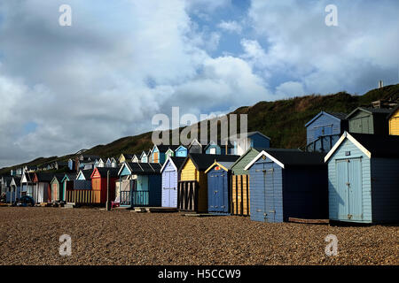 Strand Hütten in UK / Milford am Meer-neue Wald - Stockfoto