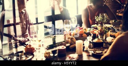 Thanksgiving Fest Tradition Familie Abendessen Konzept - Stockfoto