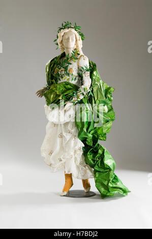 Mannequin in Papier Kleid Kostüm historische Replik Papier Kleid von Isabelle de Borchgrave - Stockfoto