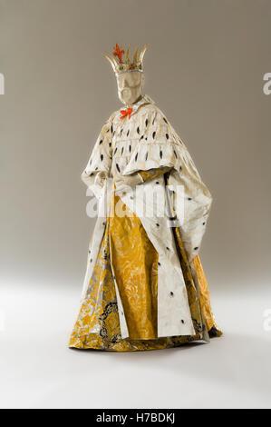 König Schaufensterpuppe in Papier Kleid Kostüm historische Replik Papier Kleid von Isabelle de Borchgrave - Stockfoto