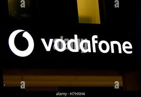 "Das Logo der Marke ""Vodafone"", Berlin. - Stockfoto"