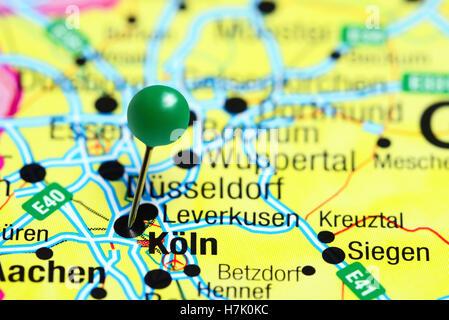 Köln, fixiert auf einer Karte von Deutschland - Stockfoto