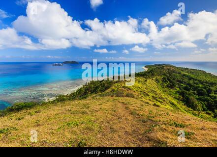 Dravuni Island, Fidschi. Panoramablick auf die Insel im südlichen Pazifik. - Stockfoto
