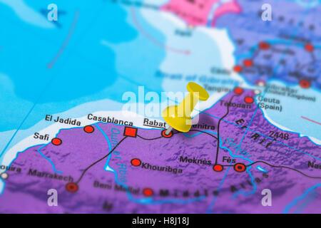 marokko landkarte mit hauptstadt rabat landesgrenzen wichtige st dte und fl sse abbildung mit. Black Bedroom Furniture Sets. Home Design Ideas