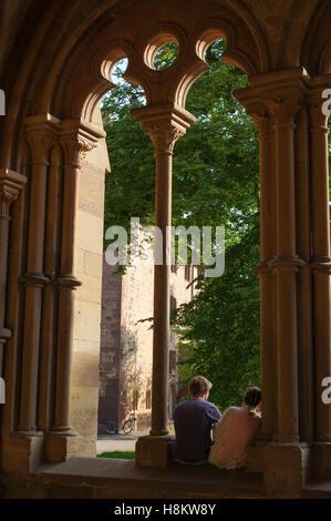 MAULBRONN, Deutschland - MAI 17, 2015: Gotic Stil Häuser im Kloster, Teil des UNESCO-Weltkulturerbe - Stockfoto