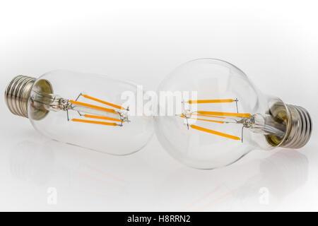 ... Eine Leistung Verschiedene Arten Von LED Lampen Und Andere Birne Formen  Und Das Gleiche LED