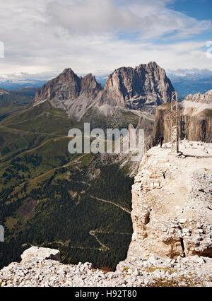Landschaft am Skigebiet Canazei im September - Stockfoto