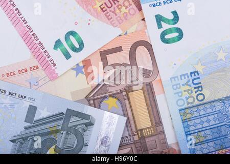 96 Pfund In Euro
