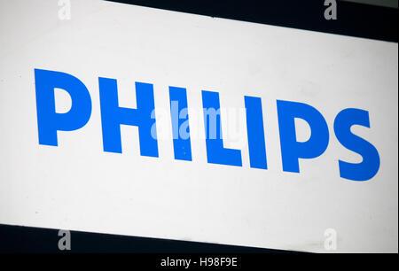 """Das Logo der Marke """"Philips"""", Berlin. - Stockfoto"""