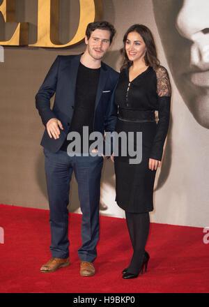"""London, UK. 21. November 2016.  Raphael Desprez besucht die UK-Premiere von """"Alliierten"""" im Odeon Leicester Square - Stockfoto"""