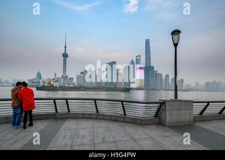 Der Bund oder Waitan ist eine Gegend im Zentrum von Shanghai, China - Stockfoto