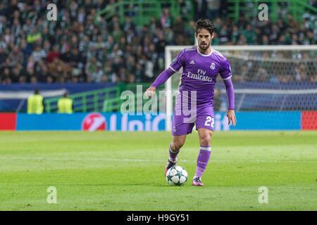 Lissabon, Portugal. 22. November 2016. Real Madrid ist Mittelfeldspieler aus Spanien Isco (22) während des Spiels - Stockfoto