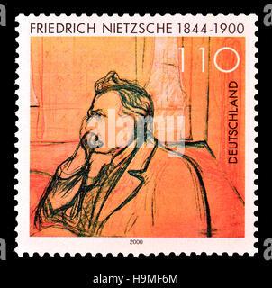 Deutsche Briefmarke (2000): Friedrich Wilhelm Nietzsche (1844-1900) deutscher Philosoph, Kulturkritiker, Dichter, - Stockfoto