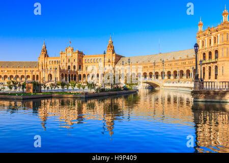 Sevilla, Spanien. Spanisch-Platz (Plaza de Espana) - Stockfoto