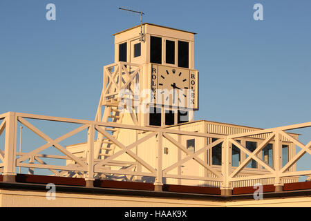 Rennstrecke Goodwood Pressetag, Goodwood, Chichester, West Sussex, UK. - Stockfoto